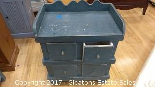 DISTRESSED WOOD CHEST / TABLE PAINTED BLUE