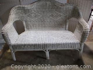 White Outdoor/Indoor Wicker Love Seat