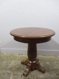 Small Oak Pedestal Table