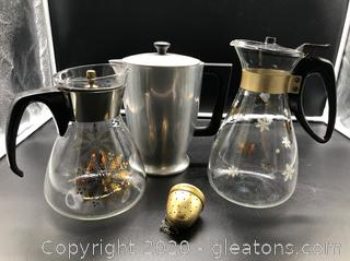 Pyrex Corning Lot of Vintage Coffee Pots and Majestic Cook Ware