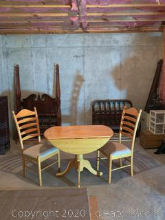 Vintage Double Drop Leaf Kitchen Table and Chairs