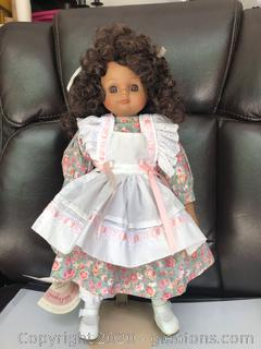 Musical Victoria Ashlea Originals by Goebel-Porcelain Doll with Stand