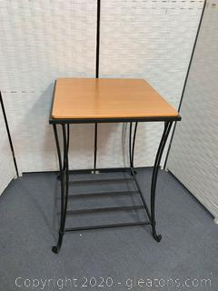 Longaberger Wrought Iron Side Table with Woodcrafts