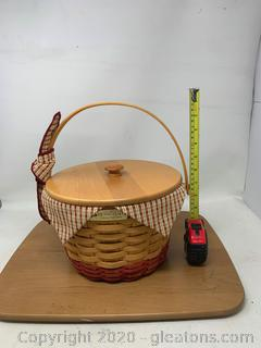Longaberger Homestead Collectors Club Edition Basket with Wood Crafts Lid