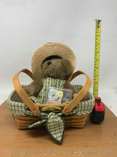 Longaberger 2001 Homestead Woven Memories Basket Set with Limited Edition Boyds Bears Bear