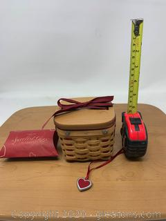 Longaberger Small Sweetest Gift Sweetheart Basket with Tie On