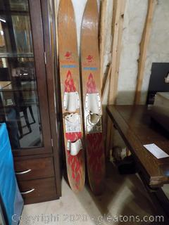 Vintage Water Devil Firebird Water Skis