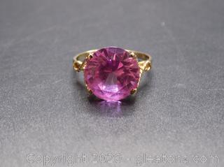 10k Yellow Gold Pink Topaz Ring