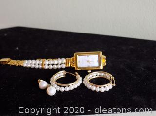 10k Gold Tesa Vanesse Pear Watch with Matching Earrings