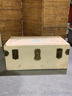 Vintage Hand Painted Toy Chest / Trunk