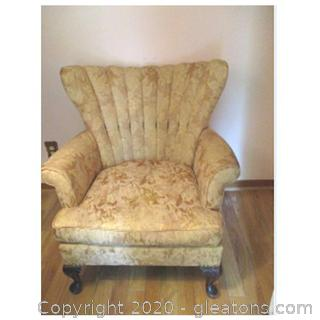 Floral Queen Anne Style Accent Chair