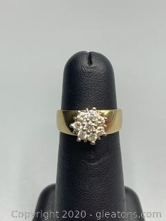 10K Yellow Gold Vintage Diamond Ring with Flower Motif