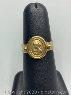 14K Yellow Gold Vintage Cameo Ring