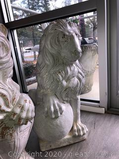 Very Heavy Grandessa Sitting Pair of Lions
