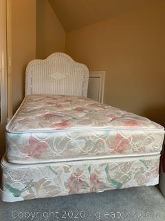 Wicker Twin Bed A