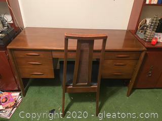 Vintage Mid-Century Broyhill Premier Desk and Chair W/Rattan Back
