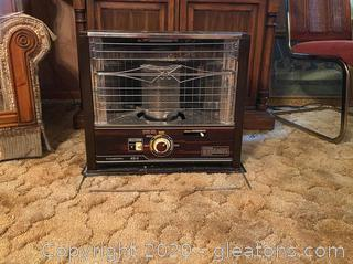 Vintage Corona Portable Kerosene Space Heater