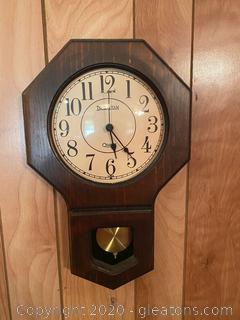Vintage Lngraham Quartz Clock W/Pendulum