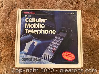 Radio Shack CT-105 Cellular Mobile Telephone