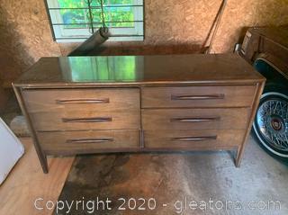 Vintage Emphasis by Broyhill Premier Dresser