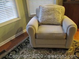Oversized Rowe Furniture Accent Chair with Pillow