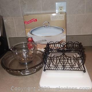 7pc. Kitchen Lot - Saute & Serve, Pie Dishes, Drink Caddy, Cutting boards
