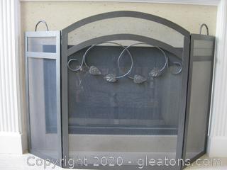 Iron and Mesh Fireplace Screen (B)