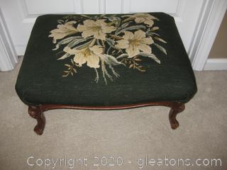 Vintage Victorian Needlepoint Foot Rest