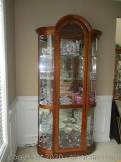 Lighted Display Case with Curved Sides