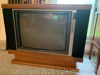 Retro Swivel TV