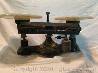 Ohaus Vintage Balance Scale