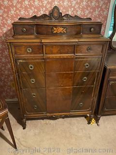 Large Vintage Sligh Furniture Dresser
