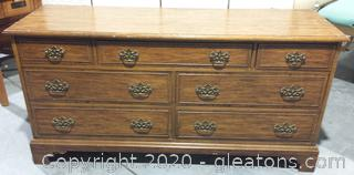 7 Drawer Dresser Siteffield Manor Collection By Dixie Furniture