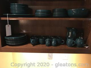 Lot of green Gibson China