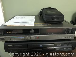 Lot of Mixed Portable Electronics