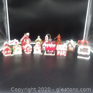 Christmas Gingerbread House Ornaments (14 Pieces)