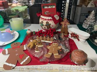 Serving Set with Variety of Gingerbread Decor