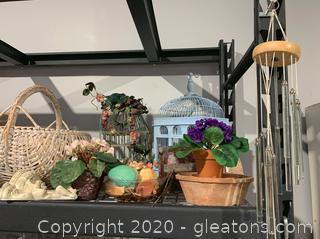 Assortment of Outdoor Decor (A)
