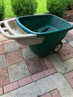 Step 2 Yard About Lawn and Garden Cart