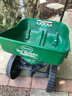 Scotts Turf Builder Edge Guard Mini Spreader
