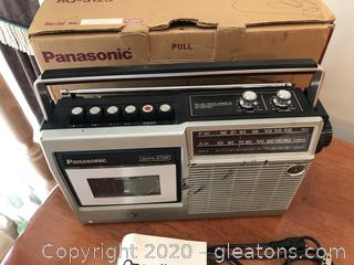 Panasonic RQ-512S Radio & Tape Recorder