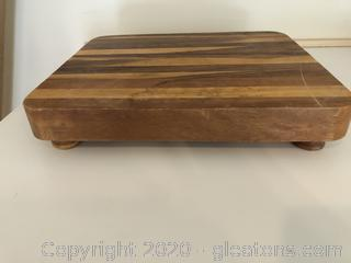 Butcherboard Cutting Board on Feet
