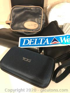 Large Lot of Delta Airlines Amenity Bags (A) + More