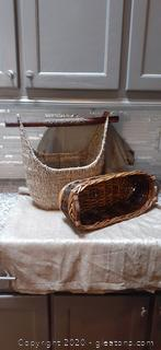 Set of 2 Baskets with Handles