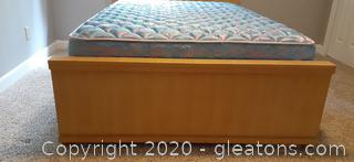 Vintage Blonde Johnson Carper Full Size Bed with Mattress and Boxspring