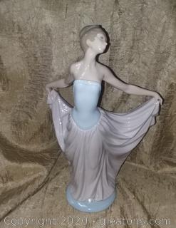 Lladro De Ensayo 5050 Ballet Dancer Figurine