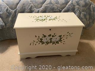 Thomas Pacconi Classics Hand Painted Blanket Chest