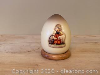 2001 Special Edition Hummel Decorative Egg