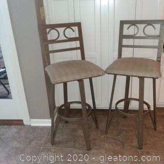 Set of 2 Metal Barstools with Upholstered Seat A