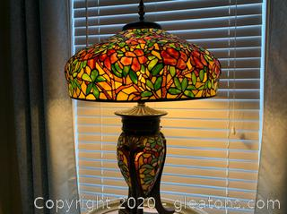 Tiffany Style Lamp with Lighted Base